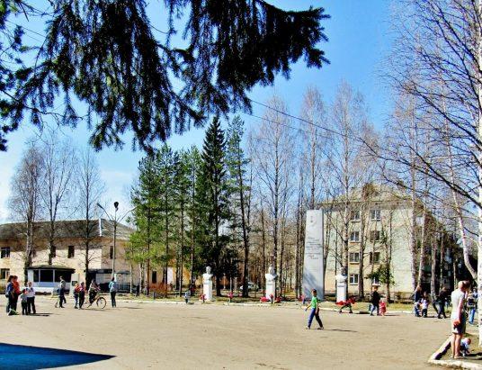 Аллея Героев в Катунино