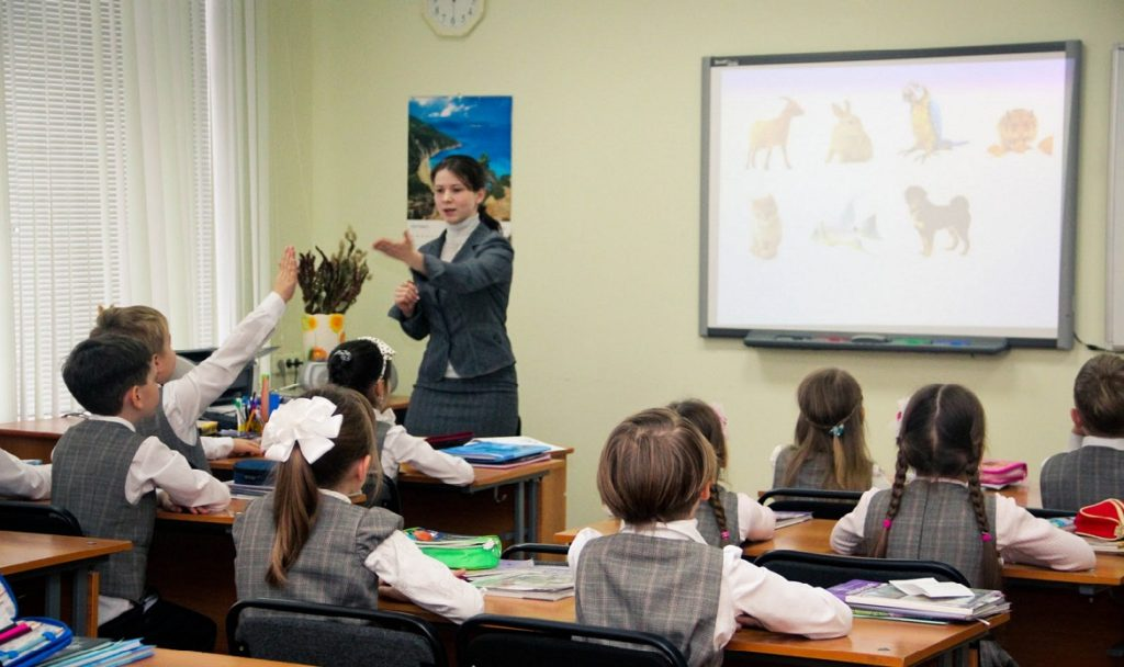 В Архангельске планируется открыть детские лагеря при городских школах