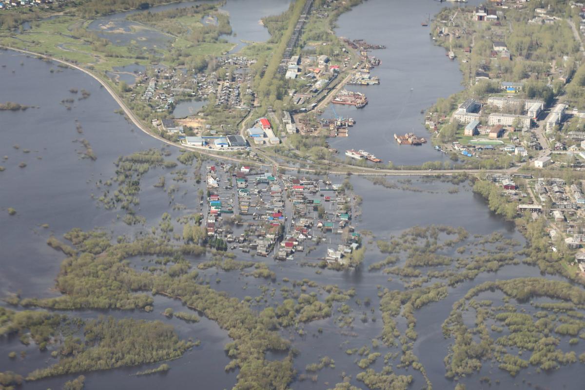 Александр Цыбульский осмотрел места подтопления в Котласе
