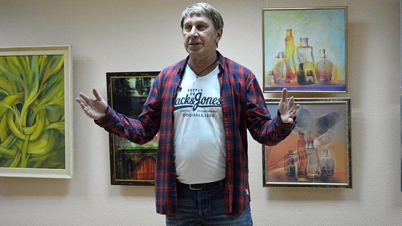 Вся жизнь – творчество: в Новодвинске открылась выставка Николая Дмитрука