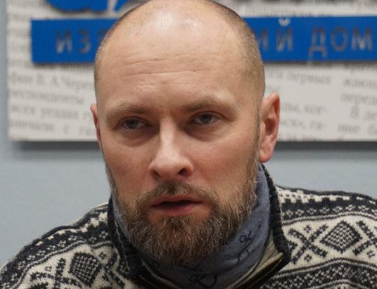 Тенетов