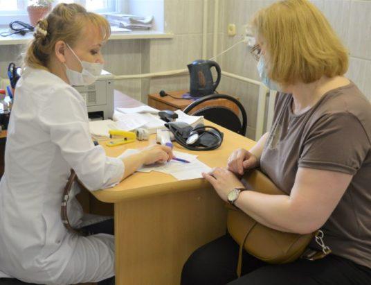 больница_врач_прививка_болезнь