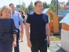 Александр Цыбульский посетил новый детский сад в Няндоме
