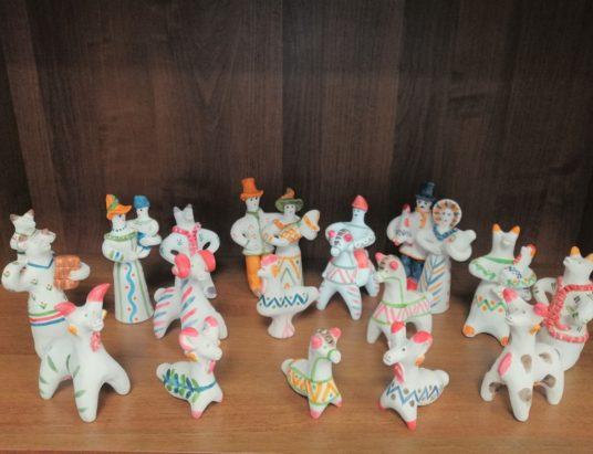 Старооскольская глиняная игрушка - Зиновьева Е.Ю.