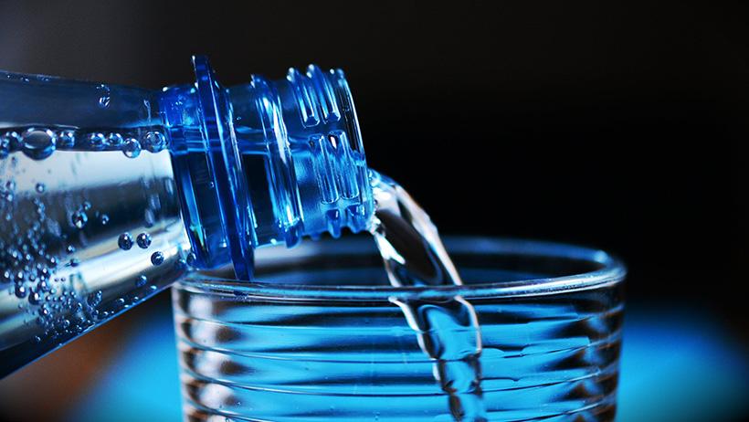 вода_бутылка_бутилированная_вода